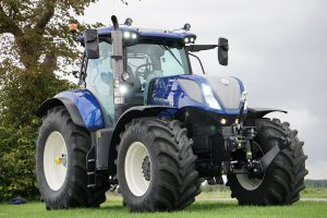 New Holland Nederland viert 10 jaar Blue Power en 10 jaar marktleiderschap met luxe T7.270 Blue Power Anniversary Special Limited edition