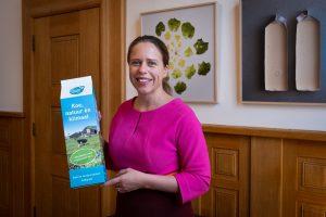Schouten ontvangt miljardste liter melk On the way to PlanetProof