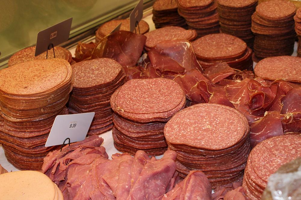 Brancheorganisaties verwijzen vleesbelasting naar prullenbak